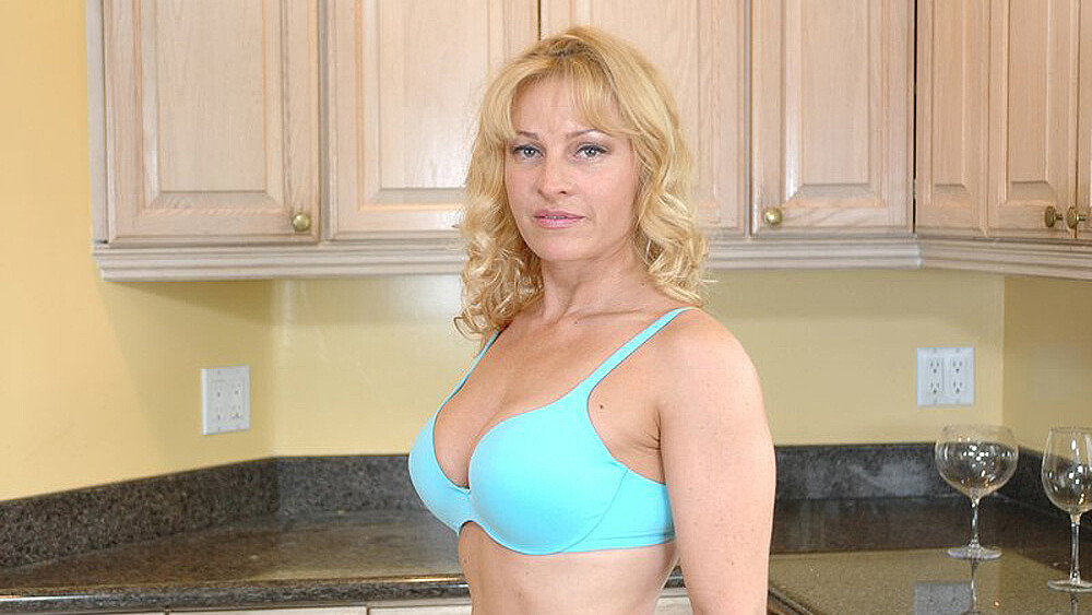 Danielle Frost fucking in the kitchen with her hairy bush
