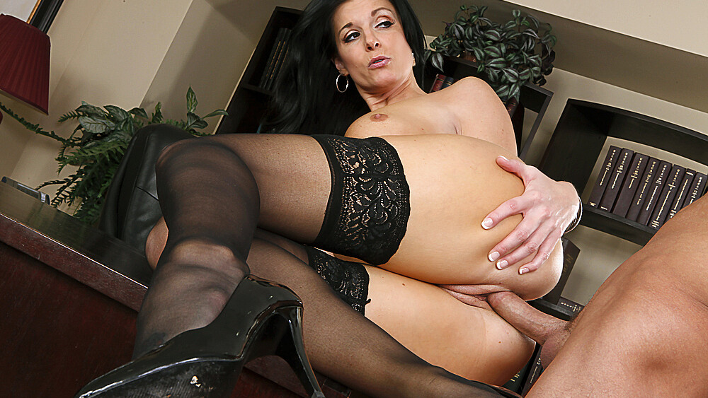 India Summer fucking in the desk with her lingerie