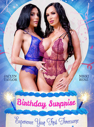 Nikki Benz, Jaclyn Taylor  & Marco Ducati  in 2 Chicks Same Time - Centerfold