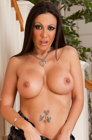 Pornstar Amy Fisher - Ball licking videos by Naughty America