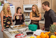 Brooklyn Chase & Nicole Aniston & Summer Brielle & Xander Corvus in American Daydreams