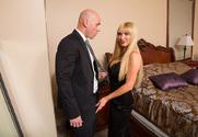Nikki Benz & Johnny Sins in My Dad's Hot Girlfriend - Sex Position 1