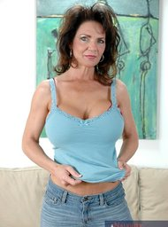 Deauxma, Alex Gonz & Jack Venice in My Friends Hot Mom - Centerfold