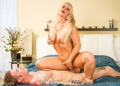 Holly Heart & Richie Black in My Friends Hot Mom - Centerfold