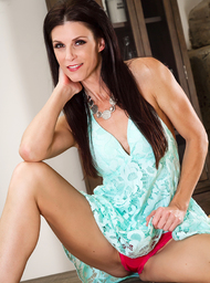 India Summer & Seth Gamble in My Friend's Hot Mom - Centerfold