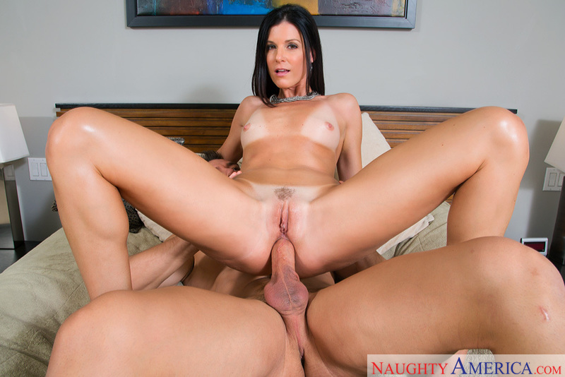 Porn star India Summer having sex