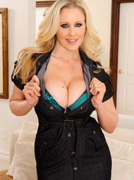 Julia Ann & Johnny Castle in My Friends Hot Mom - Centerfold