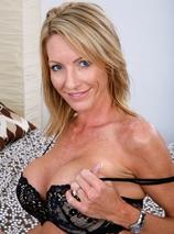 Mrs. Starr (anal) Porn Videos