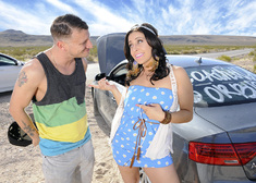 Gracie Glam & Mr. Pete in My Sisters Hot Friend