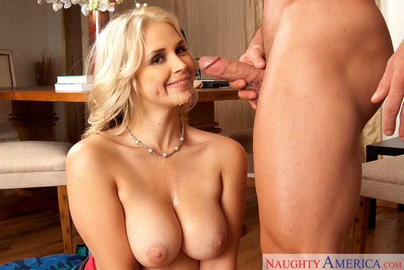 Porn star Sarah Vandella having sex