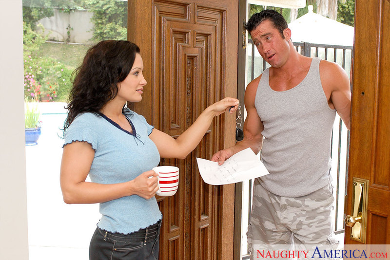 Lisa Ann With With Neighbour Porn Videos 48