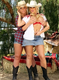 Emma Heart & Brooke Haven & Anthony Rosano in Naughty Country Girls