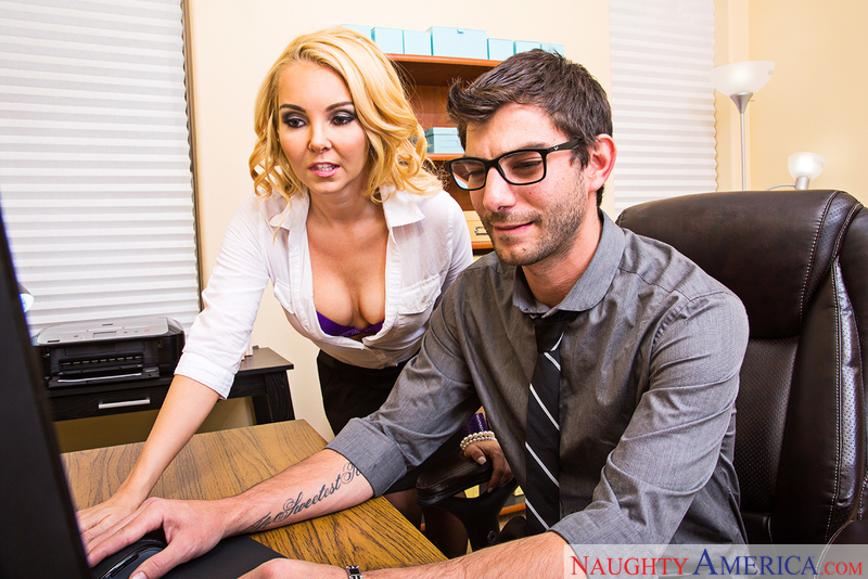 Naughtyamerica – AALIYAH LOVE & LOGAN LONG Site: Naughty Office