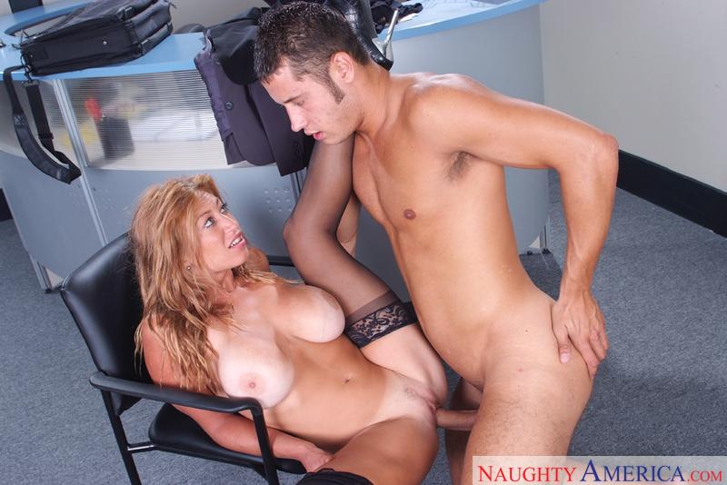 cam free hidden nude