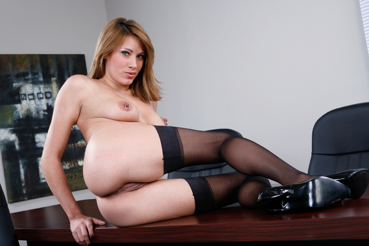 Naughty Office Rhiannon Porn Search -