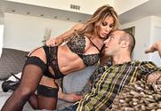 Farrah Dahl & Chad Alva in Seduced By A Cougar