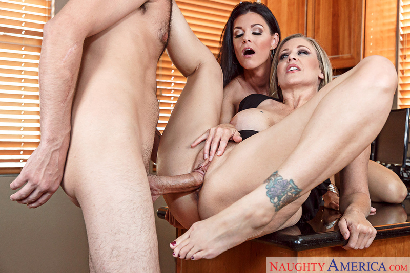 Naughtyamerica – India Summer & Julia Ann & Logan Long in Seduced By A Cougar