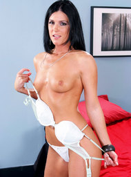India Summer & Rocco Reed in Seduced by a cougar - Centerfold