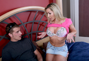 Lisa DeMarco & Chris Johnson in Seduced By A Cougar