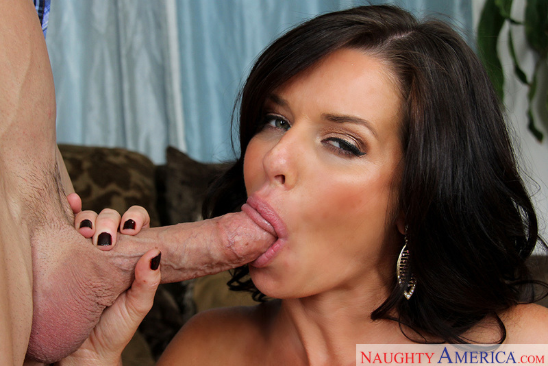 Porn star Veronica Avluv 2 having sex