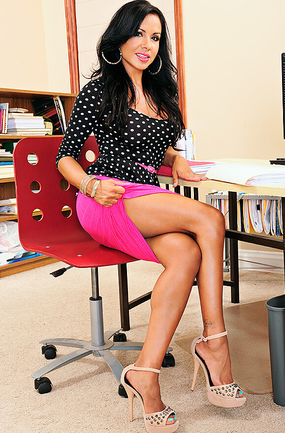 Viana Milian - xxx pornstar in many Desk & Office & Innie Pussy videos