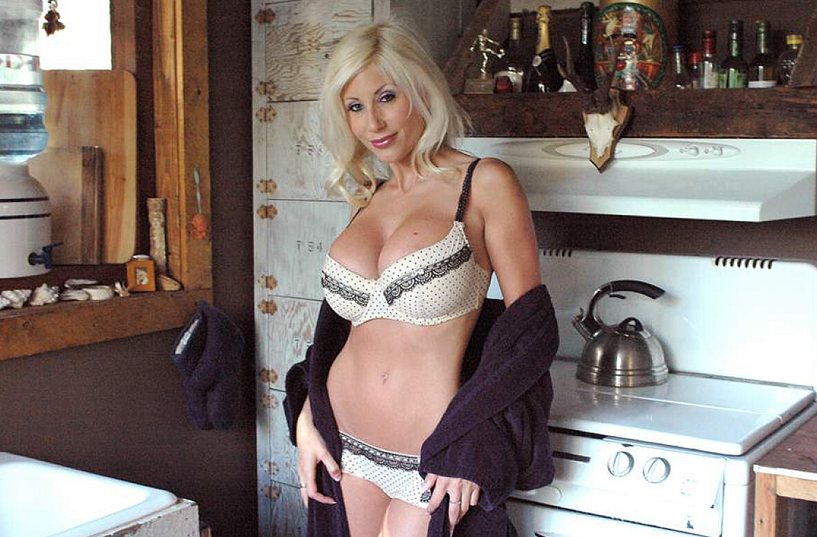 Watch Puma Swede and Christian video in American Daydreams