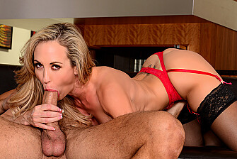 Brandi Love fucking in the couch with her big ass - Blowjob