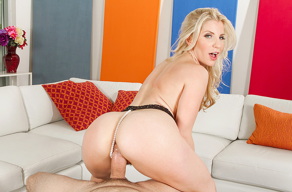 Watch Ashley Fires and Preston Parker 4K video in Housewife 1 on 1