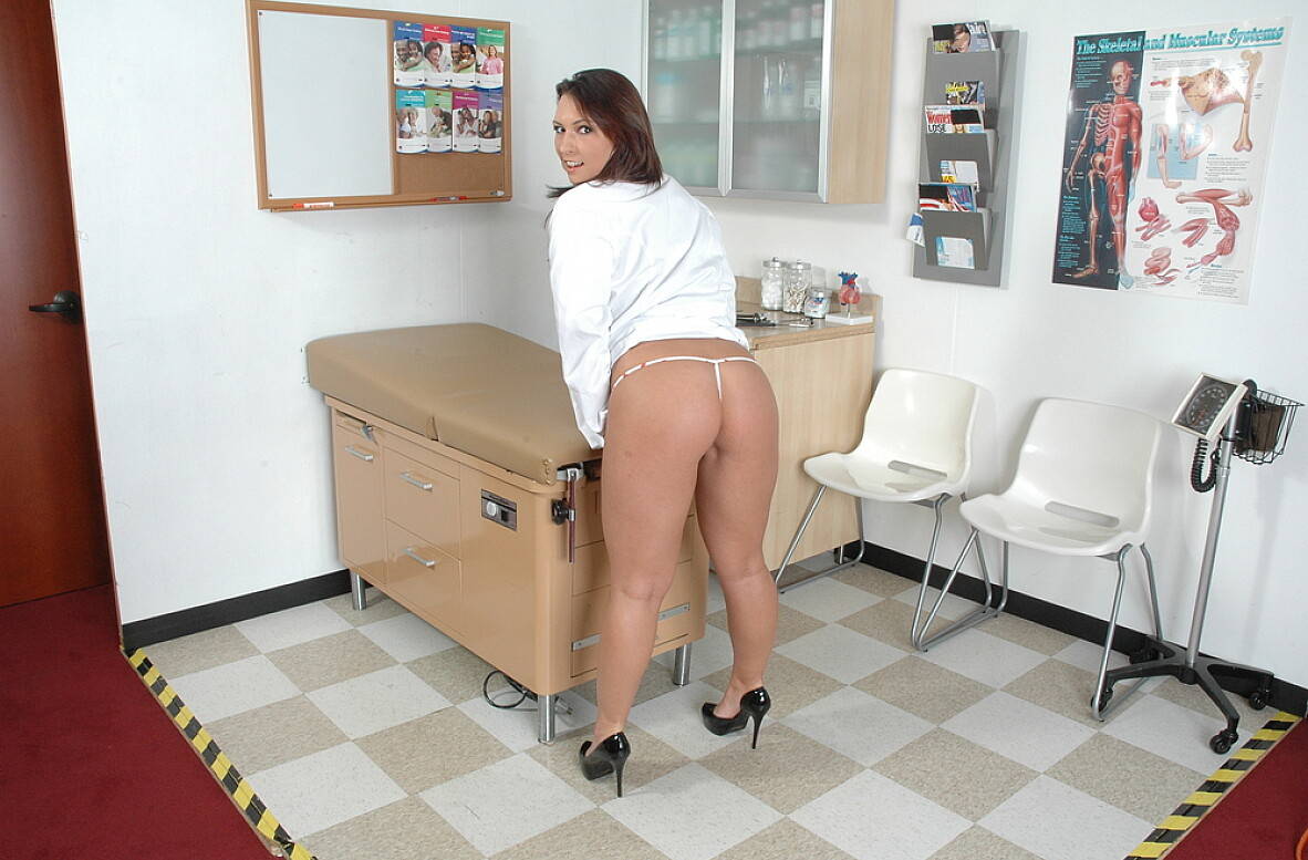 Watch Katie Kayne video in Live Naughty Nurse