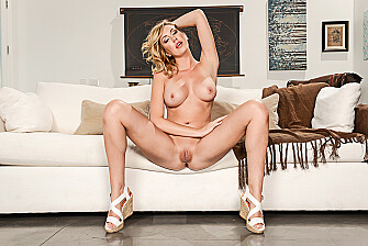 Blonde Brett Rossi fucking in the with her tits - Sex Position 1