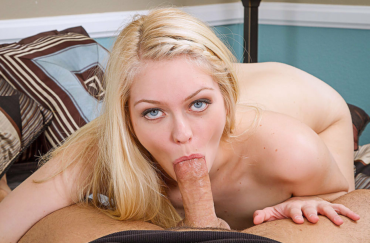 100 Pictures of Alli Rae Videos