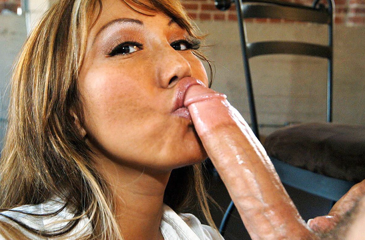 Watch Ava Devine and Scott Nails American video in My Friend's Hot Mom