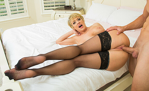 Dee Williams fucking in the bedroom with her tits - Sex Position #9