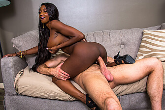 Diamond Jackson fucking in the couch with her bubble butt - Sex Position 3