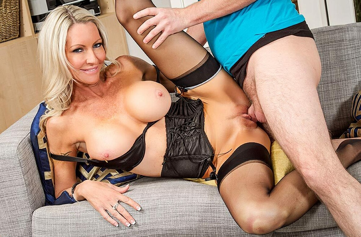 Watch Emma Starr and Dane Cross 4K video in My Friend's Hot Mom