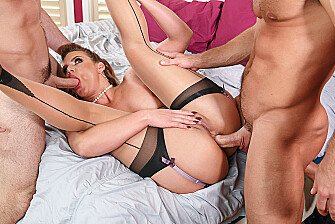 Mature Phoenix Marie fucking in the bed with her hairy bush - Sex Position 3
