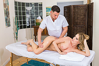 Alexis Adams fucking in the massage parlor - Sex Position 1