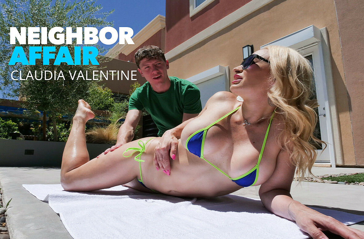 Watch Claudia Valentine and Rion King video in Neighbor Affair