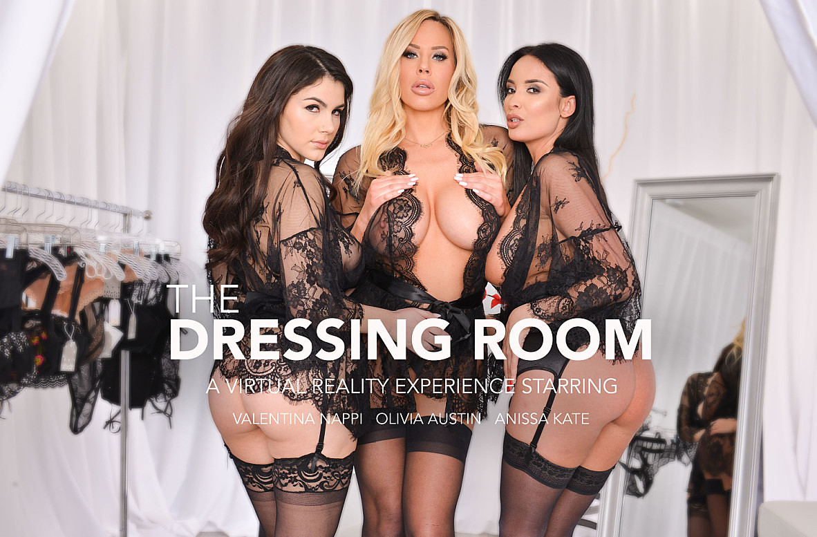 Watch Anissa Kate, Olivia Austin, Valentina Nappi and Brad Sterling VR video in Naughty America