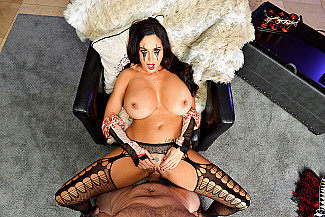 Ava Addams fucking in the floor with her tits vr porn - Sex Position 4