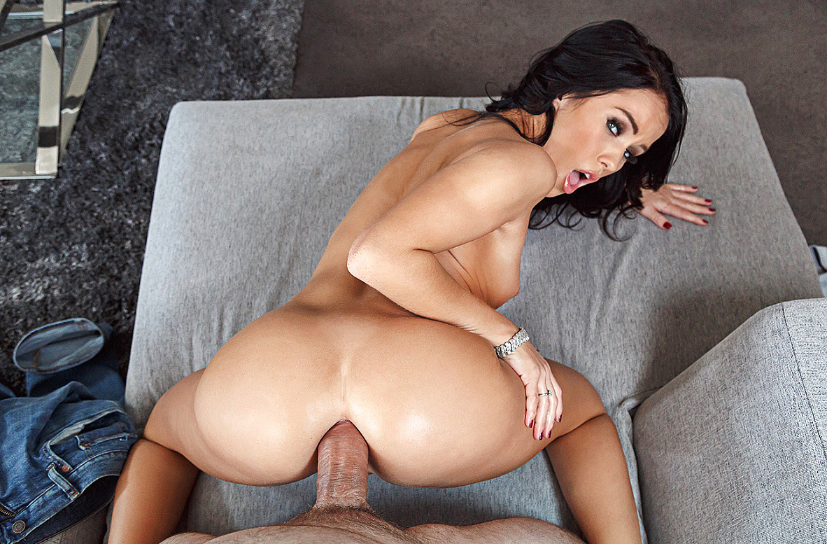Megan Rain Vr