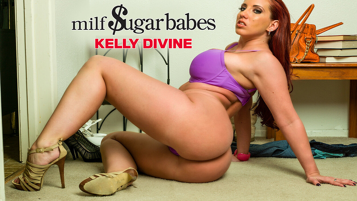 Kelly Divine gets her big ass fucked