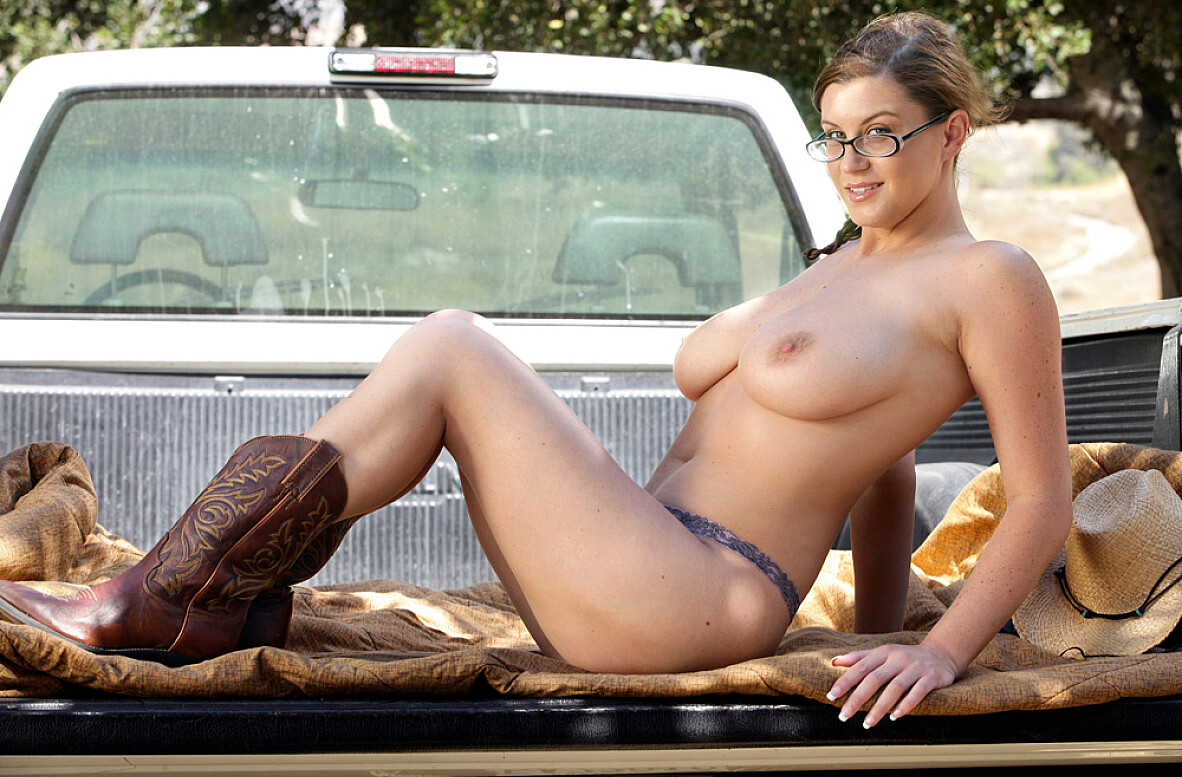 Watch Sara Stone and Otto Bauer video in Naughty Country Girls