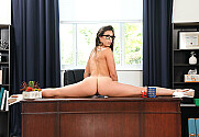 Kelsi Monroe & Kyle Mason in Naughty Office