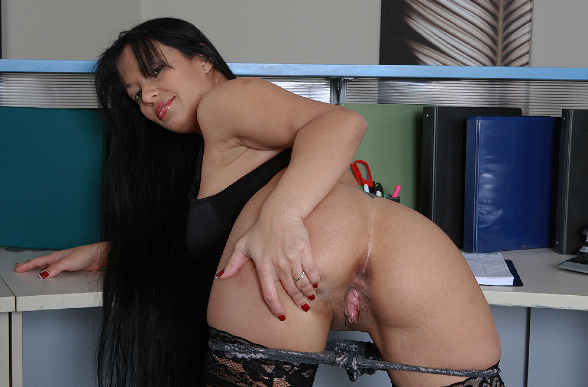 Mason storm gets naughty at the office pichunter