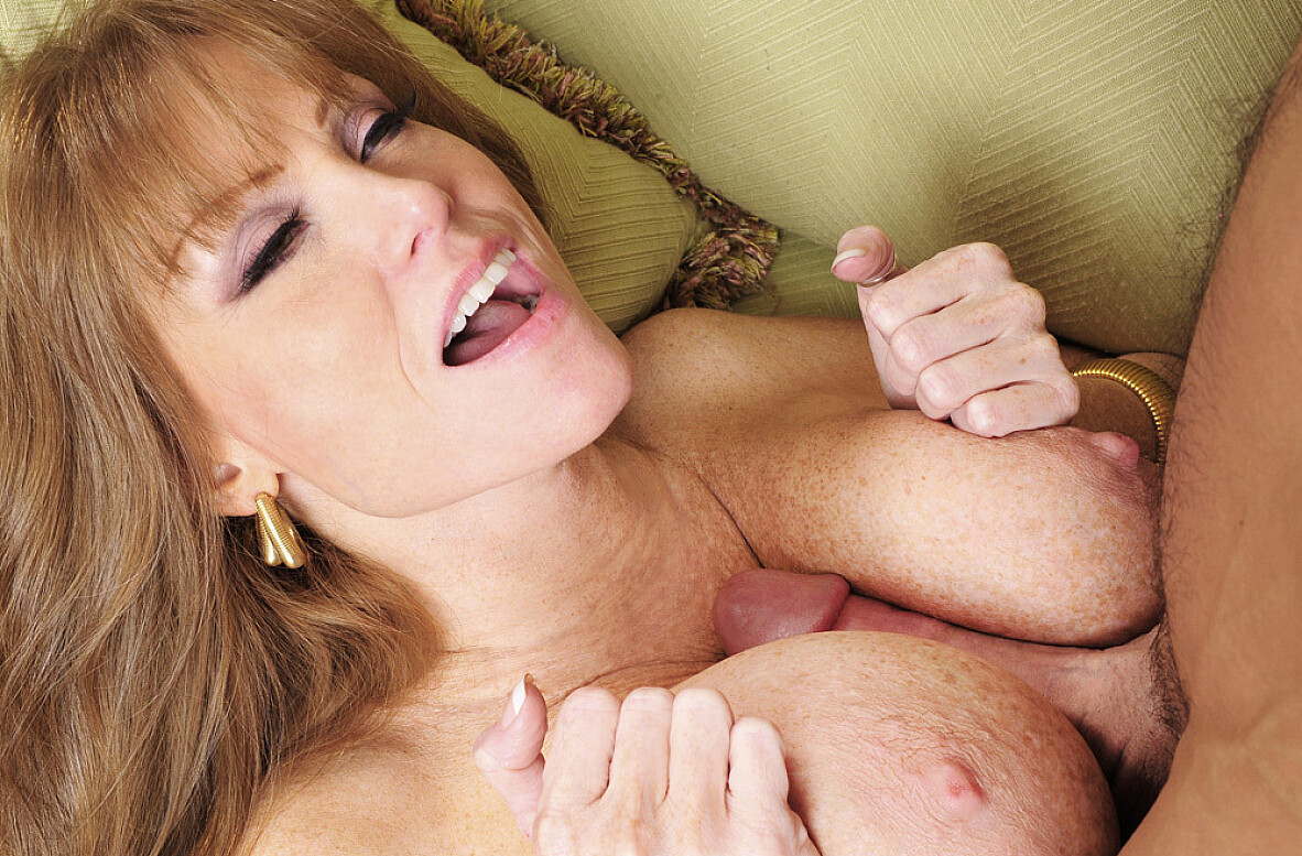 Watch Darla Crane and Johnny Castle video in Seduced By A Cougar
