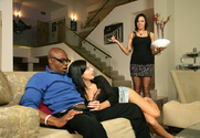 Aletta Ocean & Juelz Ventura & Sean Michaels in 2 Chicks Same Time