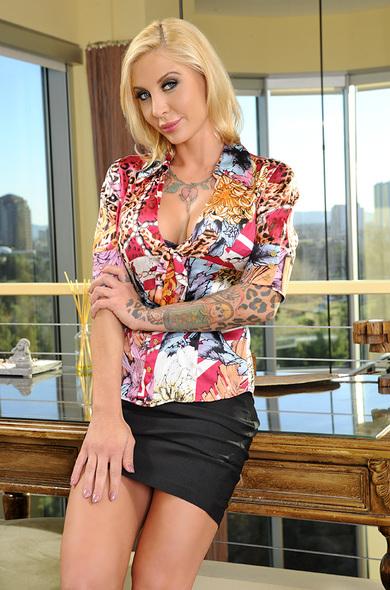 nasty-porn-star-pamela-ass-blonde