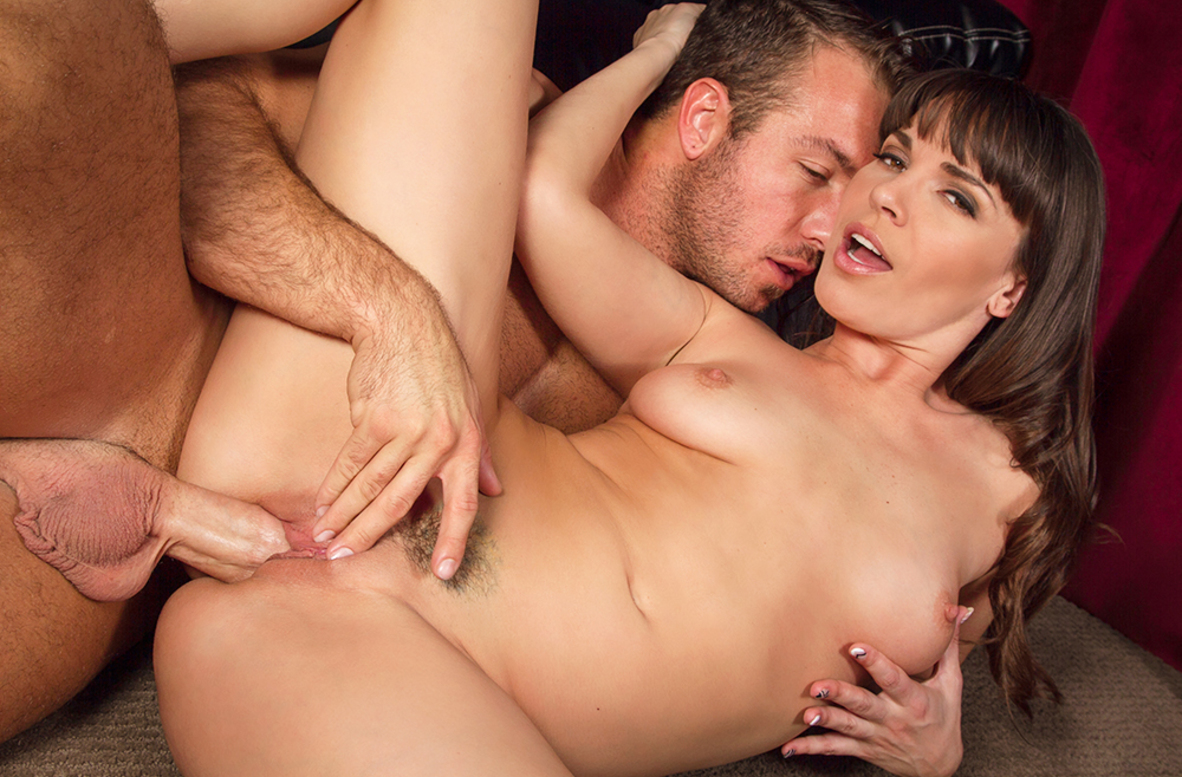 Watch Dana DeArmond and Chad White 4K video in American Daydreams