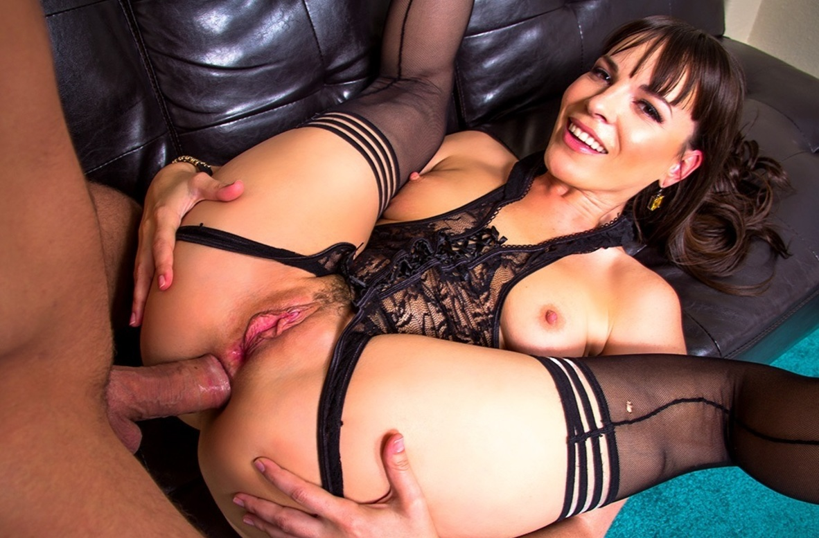 Watch Dana DeArmond and Mr. Pete 4K video in Ass Masterpiece